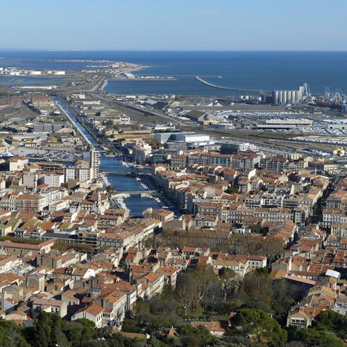 France, Hérault (34), Sète, vue de l'entrée est de la ville depuis le Mont Saint-Clair